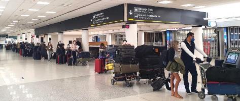 En vuelo especial hoy llegan 236 compatriotas procedentes de EEUU